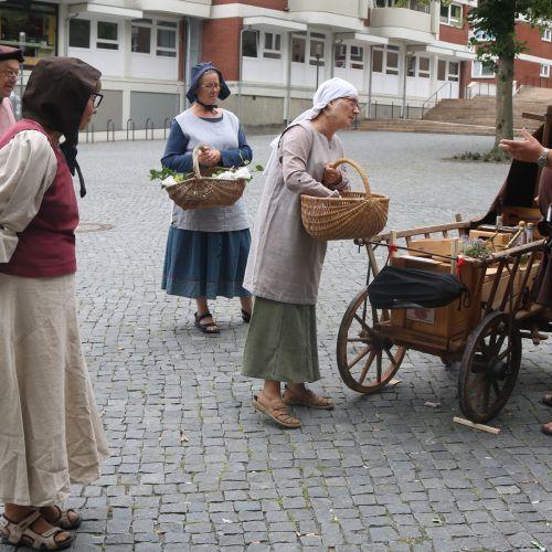 Marktgeschehen in alter Zeit
